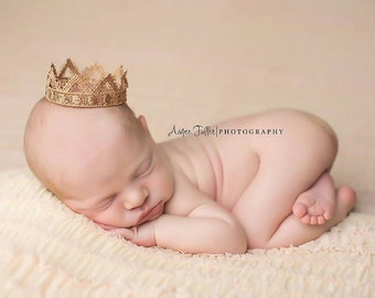 Newborn Crown - Photo Prop   Tiara - Darling