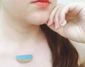 Birch wood geometric necklace turquoise
