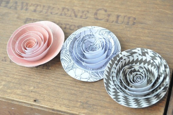 Rose pink and black Paper Flowers, set of 20 flowers