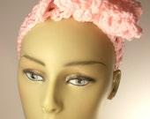 Handmade crochet headband in baby pink / Hair accessory / Hair wrap / Tie headband