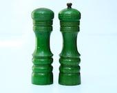 "Vintage Turned Wood Salt and Pepper Mill Japan Nakajima Woodenware Najico 6"" Green"