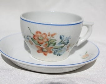 Vintage coffee cup by Arabia Finland