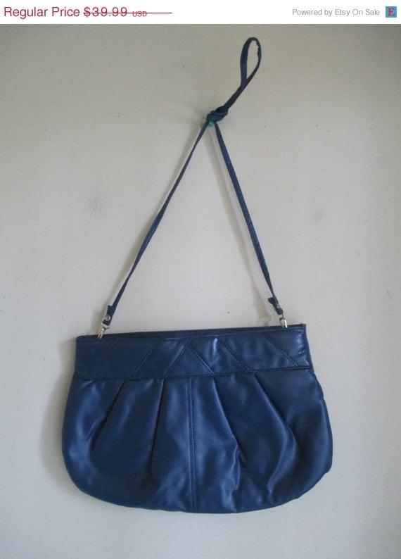 ... 80s Navy Blue Snakeskin Faux Leather Handbag Shoulder Purse Clutch