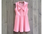 Vintage dress | Pink sleeveless juniors girls dress with pleated skirt
