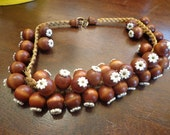 SALE Early Unsigned Wood balls necklace  Haskell