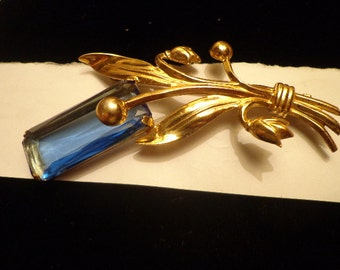 SALE  Vintage Vermeil Sterling Gilt RETRO Blue stone Flower brooch
