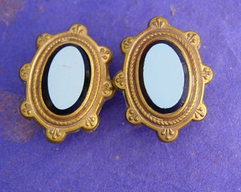 Victorian sardonyx Cufflinks Antique 1880s uncarved cameo gold  Collectors Sleeve Accessory stud button cuff links
