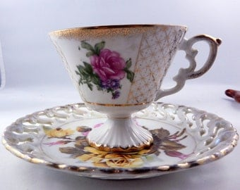 Royal Sealy Roses Mismatched Tea Cup & Saucer