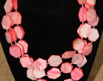 Vintage Pink Shell and Glass Bead Necklace