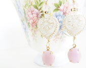 Shabby Chic Wedding Earrings Romantic Style White Pink Vintage Style Earrings Pink Milk Glass Long Dangle White Floral Heart Earrings
