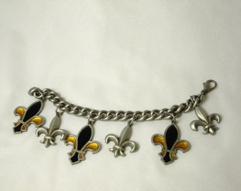 Art Deco French Bracelet with Hand Enameled Fleur de Lys charms. Very detailed