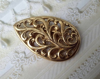vintage costume jewelry leaf scarf holder