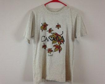 90s grey canadian maple leaf canada t shirt