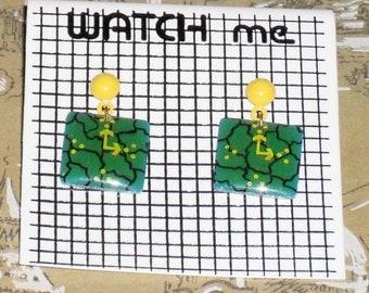 1980s Unworn Watch Me clock Earrings (pierced) (3590)