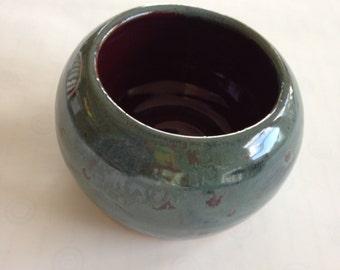 Round Stoneware Planter