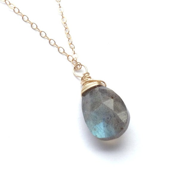 Dainty Gold Labradorite Necklace