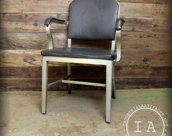 Industrial 1940s General Fireproofing Co. Goodform Aluminium Chair