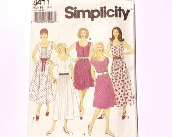 Simplicity 8411, Women's Dress Pattern, Summer Dress Pattern, Size 6 - 10, Vintage Uncut Pattern