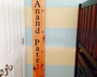 Personalized growth wall ruler