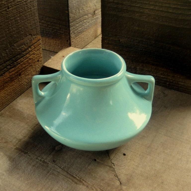Pottery vase arts and crafts craftsman mission style pale for Arts and crafts vases pottery