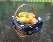 Dollhouse Miniatures - 4th of July Fabric Lined Basket of Fried Chicken & Biscuits in - Fairy Garden -
