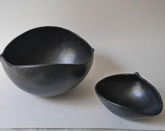 Black Bowl Set