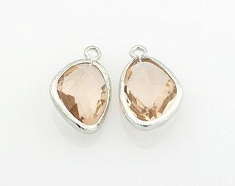 1022032 / Peach / Rhodium Plated Brass Framed Glass Pendant 10.7mm x 18.7mm / 1.0g / 2pcs