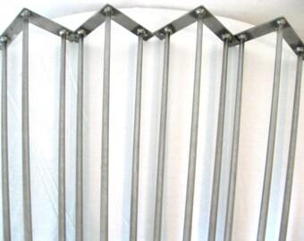 """Mid-Century Hairpin Legs 30"""" 3-Rod ( Bare Metal )"""