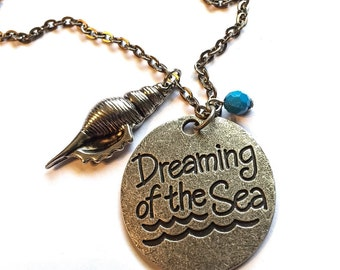 Dreaming of the sea pendant