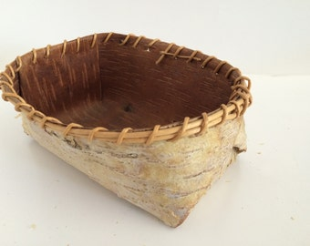 Birch Bark Basket/Native American Athabascan Indian/Artist Signed/Hand Made/Vintage Birch Basket/ Hand Made/Organic/Baskertry