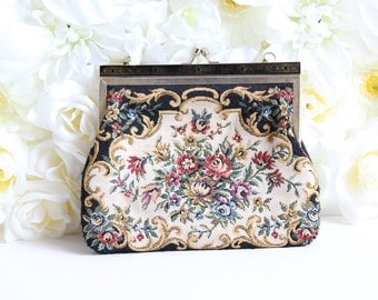 Vintage Embroidered Small Purse