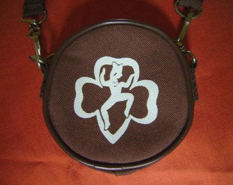 Brownie Purse with Shoulder Strap - Excellent condition - Vintage - Zipper opening