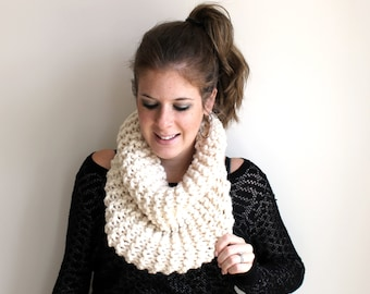 Sample SALE Scarf Cowl Knit Chunky Fisherman - Sotterley Cowl