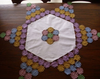 Vintage Tatted Star Shaped Tablecloth,Doily Tatted, Tatted Tablecloth, Six Point Star Tatted Tablecloth, Tatting, Large Tatted Doily