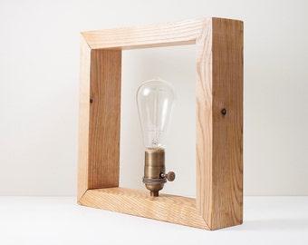 Reclaimed Wood lamp- Vintage bulb -Edison - Box reclaimed - Solid wood.
