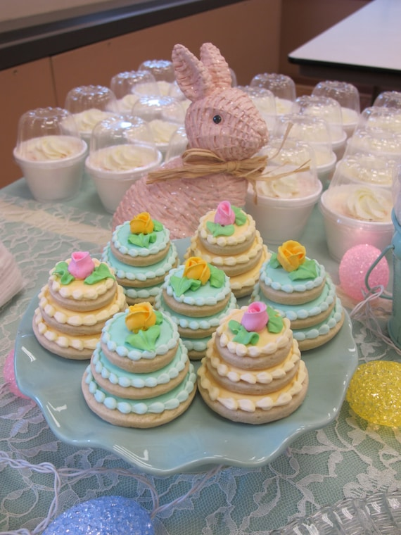 wedding cake cookie decorating ideas wedding cake decorated sugar cookies mini wedding cake 22236