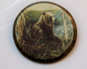 Vintage Wildlife Pin. Bear Pin Scene. Woodland Pin. Bears In Forest.