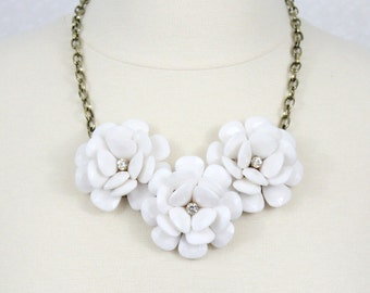 Flower Statement Necklace Beaded Rose Necklace Chunky Flower Necklace Collar Necklace White Necklace