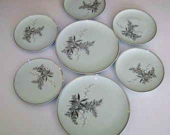 Empress by Princess Lady Empire Dinnerware Set Of Two Dinner & Five Salad Plates