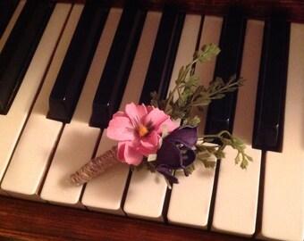 Wedding Boutonnière Grooms Boutonnière Groomsmen Boutonnière Pink Purple Flower Boutonniere