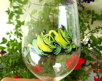 Cute Frogs' In stock. Hand painted wine glass. Price is for one.