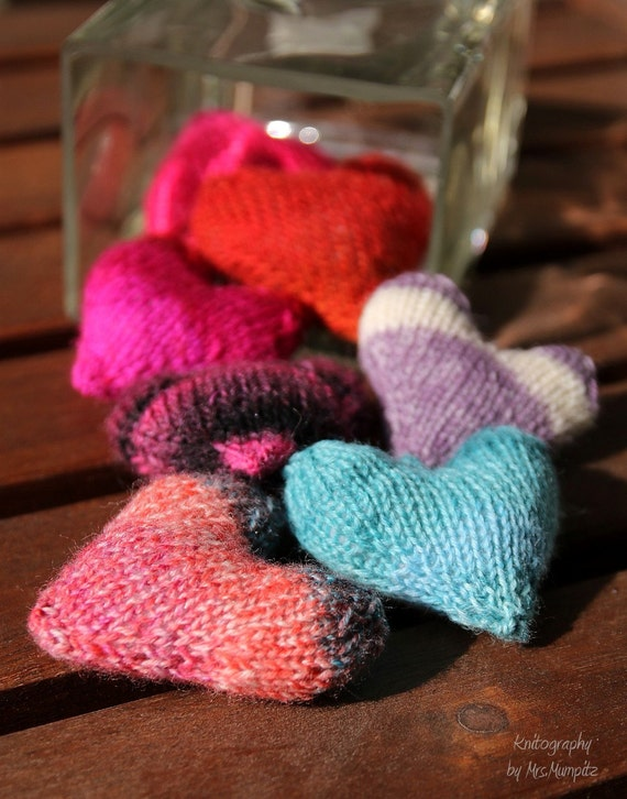 Stuffed hearts knitting pattern Hearts for by MumpitzDesign