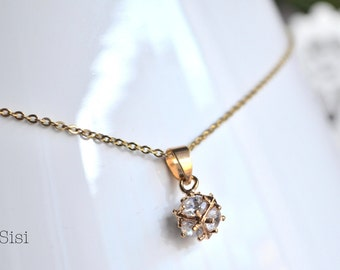 Zirconium ball pendant gold necklace