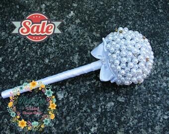 Bridesmaid Bouquet - Pearl bridal bouquet - Alternative bridal bouquet - Vintage bridal bouquet - Handmade wedding bouquet