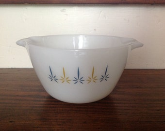 Vintage Anchor Hocking Mixing Bowl