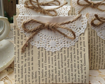 30 vintage book page favors