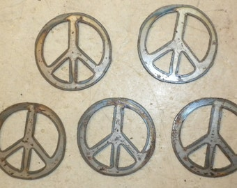 Lot of 5 Peace Signs 3 Inch Rough Rusty Metal Steel Wall Art Stencil Ornament Magnet Garden Yard Wind Chime