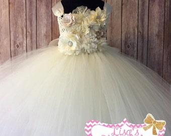 Flower girl tutu dress. Flower girl tutu. Ivory flower girl dress. Ivory tutu dress. Flower tutu dress. Pageant tutu. Pageant dress.