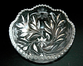 Vintage Cut Crystal Bowl Flowers & Leaves