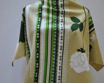 Vintage HAND PRINTED scarf...(872)
